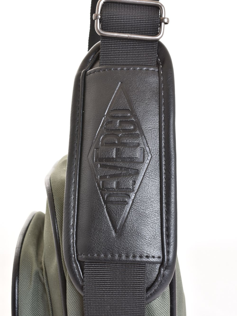 ... Devergo férfi táska c836bed02f